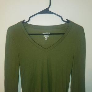 Perfect V-neck Long Sleeve Green Tee